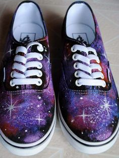 i want to paint a pair of shoes with a night sky pattern! :o