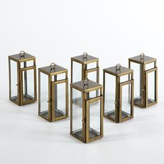 The Riado Mini Bungalow Antique Brass Lantern has a polished antique brass finish and offers a minimalism style. These traditional style lanterns are found all over the luxury homes and hotels and are great to light the entrance, the yard, or simply cluster around the pool, at sunset.