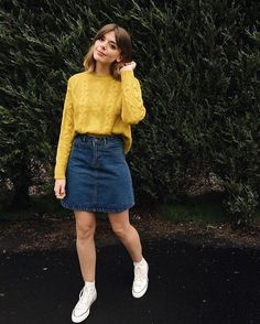 Stunning 41 Lovely Denim Skirt Outfits Ideas To Makes You Look Stunning Source by gloofashionideas Outfits skirt Denim Skirt Outfits, Style Outfits, Retro Outfits, Modest Outfits, Modest Fashion, Skirt Fashion, Trendy Outfits, Fall Outfits, Cute Outfits