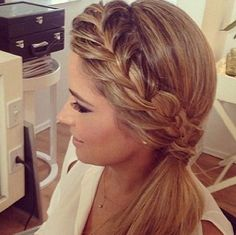 French Braid into a Low Side Ponytail pferdeschwanz, 45 Elegant Ponytail Hairstyles for Special Occasions Side Ponytail Hairstyles, Side Braid Ponytail, Elegant Ponytail, Side Ponytails, Pretty Hairstyles, Braid Hair, Braid Bangs, Easy Hairstyles, Side Braid With Curls