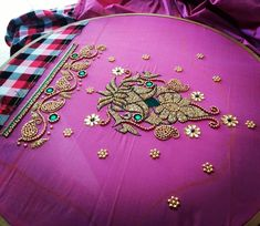 Image ma MNMy contain: indoor Wedding Saree Blouse Designs, Pattu Saree Blouse Designs, Blouse Designs Silk, Designer Blouse Patterns, Hand Work Blouse Design, Kids Blouse Designs, Simple Blouse Designs, Hand Designs, Simple Embroidery Designs