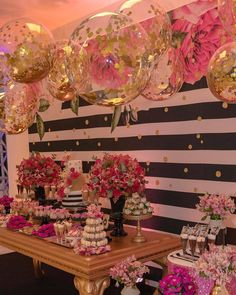 Image may contain: 2 people, flower 40th Birthday Parties, 16th Birthday, Diy Birthday, Birthday Party Decorations, Wedding Decorations, Festa Party, Diy Party, Ideas Party, Kate Spade Party