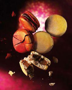 Macarons Pierre Hermé  Avec les fêtes le retour des macarons d'exception ... le Chocolat & Foie Gras et le Figue, Eglantine et Foie gras ... des mariages audacieux ...
