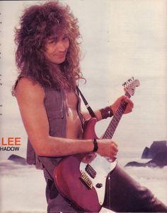 Jake e lee Jake E Lee, Famous Guitars, Glam Metal, Kiss Band, 80s Hair, Ozzy Osbourne, Death Metal, Rock Music, Hard Rock