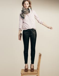 Madewell Washed Cotton Boyshirt worn with the Leather Ankle-Zip pants and the Minnetonka® Kilty Suede moccasins.