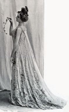 1901 January, Les Modes Paris - Ball gown by Redfern