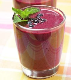 Skinny Blueberry Blast Smoothie: Many studies have shown that blueberries are the #1 antioxidant fruit, providing numerous health benefits. Our recipe combines delicious blueberries with a kick of cranberry flavor to make the perfect breakfast or snack