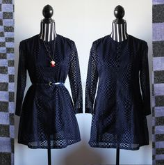 60s mod shift dress // long sleeve // geometric pattern // semi-sheer fabric // size M // free shipping in Australia by ScarlessVintage on Etsy