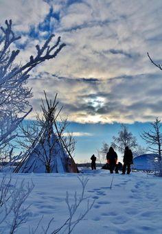 Safari aventura en Kemi en Laponia de Finlandia Travel Around The World, Around The Worlds, Safari, Beautiful Places, Snow, Mountains, Nature, Outdoor, Wonders Of The World