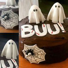 Comemoração de aniversário no Halloween com um bolo de chocolate amargo assustador! #happyhalloween🎃 #halloween #diadasbruxas #fantasma #bolodechocolate