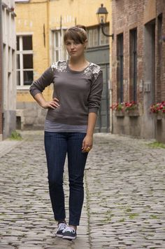 I love the simply fanciness of sparkly sweatshirts, I really want to invest in a good one...