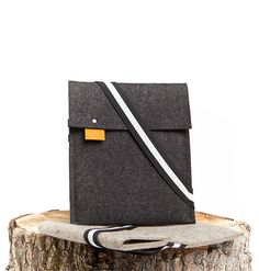 Pierre iPad - Felt and Leather - CANTIN - Permanent Collection #fashion #montreal #handmade  #ipad