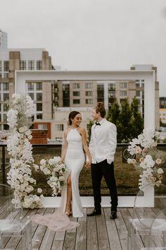 Luxe Wedding, Timeless Wedding, Dream Wedding, Wedding Details, Wedding Decor, Rooftop Wedding, Wedding Ceremony Backdrop, Glamour, Boho