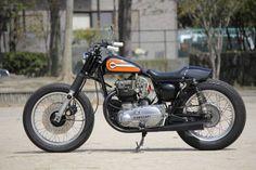 Kawasaki W3 by Motor Garage Goods || via Moto Rivista