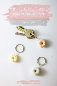 DIY these adorable mini donut and macaron keychains with polymer clay. Pastel eye-candy. Easy and fun DIY both kids and adults can do!