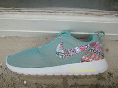 Discover only $27 nike roshe , See more about nike shoes,nike air max Outlet and Cheap sport shoes Outlet.