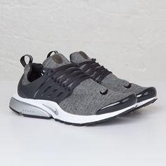 crispculture:  Nike Air Presto'Tech Fleece' - Order Online at Sneakersnstuff