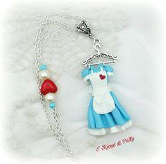 Collana con ciondolo vestito  Alice  Necklace with Alice dress