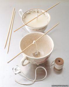 Zelf theekopjes theelichtjes/kaarsen maken. Katoendraad kan ook (waar je mee haakt)