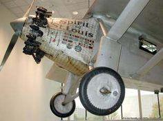 Charles Lindbergh: cruzó el atlántico en avión