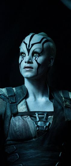 Sofia Boutella as Jaylah in Star Trek - Beyond 2016. Ima do my makeup like this on the regular.