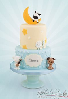 Ideas for a fun mother goose themed baby shower plus mother goose topper tutorial!