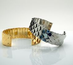 Scaly Texture Metal Cuff - Bracelets - Jewelry Free shipping Worldwide.