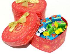 Love is... in a gift box  http://ordanburdan.az/products/love-is-in-a-gift-box/ Подарочный набор «Love is…»