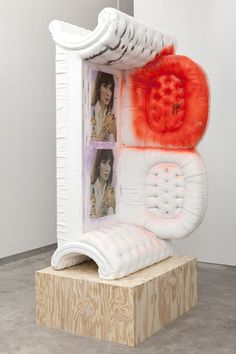 Pin by bud pnq on quirk quirkin' Art Furniture, Contemporary Sculpture, Contemporary Art, Art Object, Art Plastique, Graphic Design Art, Medium Art, Installation Art, Art Boards