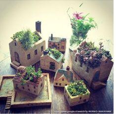 The carry-Kitahara Yuko exhibition that has been is from tomorrow. : Chimachima Kitten ne weatherThe carry-Kitahara Yuko exhibition that has been is from tomorrow. Clay Houses, Ceramic Houses, Diy Planters, Ceramic Planters, Hanging Planters, Ceramic Pottery, Ceramic Art, Suculentas Diy, Pottery Houses