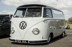 volkswagen classic cars in new zealand Volkswagen Transporter, Volkswagen Bus, Vw T1 Camper, Vw Caravan, T1 Bus, Campers, Combi Split, Combi Wv, Kdf Wagen