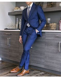 Wedding Suits Tailor Made Navy Blue Groom Tuxedos 2 Piece Mens Wedding Prom Party Suits Bridegroom Groomsman Suit Best Man Attire Jacket Pants Blue Suit Brown Shoes, Blue Suit Men, Blue Suits, Mens Fashion Suits, Mens Suits, Men's Fashion, Street Fashion, Fashion Ideas, Navy Blue Groom