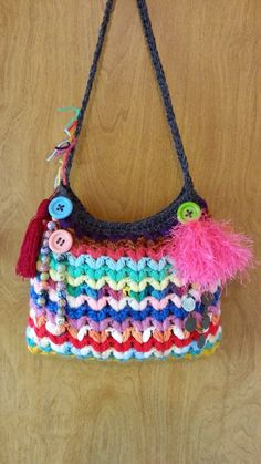 #Crochet Crazy Scrap Yarn Bag with Puffed V Stitch #TUTORIAL