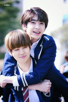 KuhnGyeol is life  but I also ship this too. #Kogyeol #Xiao #XiaoGyeol