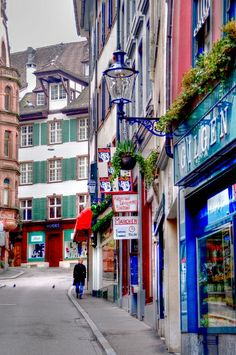 The colorful streets old town, Basel Places To Travel, Places To Go, Rhine River Cruise, Beaux Villages, Belle Villa, Journey, Italy Travel, Vacation Spots, Day Trips