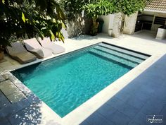 30 Interesting Small Backyard Designs Ideas With Pool. 28 fabulous small backyard designs with swimming pool indeed swimming is one of the best way to keep the body Small Inground Pool, Small Swimming Pools, Small Pools, Swimming Pools Backyard, Swimming Pool Designs, Small Pool Ideas, Small Backyards, Inground Pool Designs, Lap Pools