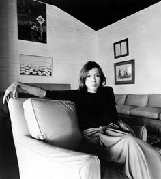 // Joan Didion, 1977From Legendary Authors and The Clothes They Wore, © Alamy Stock Photo.