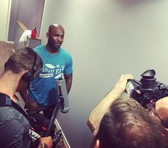 Here's our boy Jimi Manuwa @pb1_  filming an exclusive @ufc interview with @johngoodenuk for the #ufc204 Countdown show. Jimi is loving floating as a supplement to his intense strength and conditioning camp with the magnesium Epsom Salt helping his muscles to recover quickly!   #floatation #vauxhall #london #magnesium #epsomsalt #ufc #mma #fighter #training #recovery