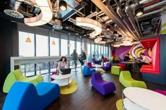 The colorful Dublin offices have plenty of space for employees to relax and work. Home Office, Best Office, Office Lounge, Office Space Design, Office Interior Design, Office Interiors, Interior Sketch, Nordic Interior, Classic Interior