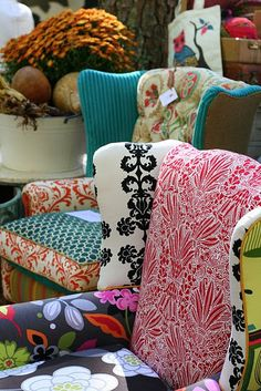 Dishfunctional Designs: From Worn to Wow! Awesome & inspirational design Ideas for Upholstery...including using old jeans!!