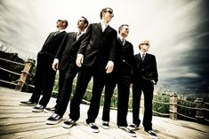 groomsmen photo to take