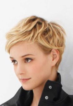 The Long and Short of It - Pixie Cuts . The Long and Short of It - Pixie Cuts . Short Blonde Pixie, Short Pixie Haircuts, Cute Hairstyles For Short Hair, Pixie Hairstyles, Curly Hair Styles, Textured Hairstyles, Blonde Hairstyles, Long Pixie, Hairstyles 2016