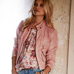 Cute top and jacket!!!