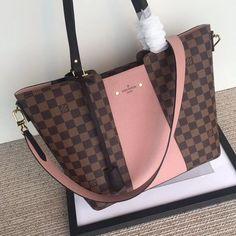 2019 New Collection For Louis Vuitton Handbags, LV Bags to Have. Lv Handbags, Louis Vuitton Handbags, Louis Vuitton Monogram, Designer Handbags, Designer Totes, Purses And Bags, Lv Bags, Louis Vuitton Neverfull Mm, Vuitton Bag