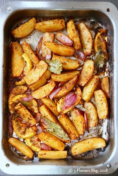 Cajun Potato Wedges in Roasting Pan Spicy Potato Wedges, Cajun Potatoes, Roasting Pan, New Flavour, Appetisers, Healthy Options, Pot Roast, Soul Food, The Ordinary