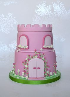 Pink Princess Castle Cake photo by madebymariegreen