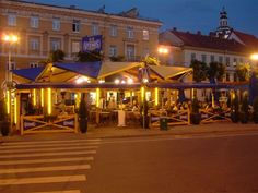 Amatininku uzeiga is the OLDEST restaurant in Vilnius, located in one of the main places in town (Town hall square) there the clients can enjoy old traditional Lithuanian dishes and international popular cuisine as well. There are a lot of advantages for our guests. Restaurant owns few summer terraces in warm season, so the clients can choose staying at restaurant or outside.