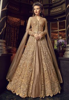 Green Embroidered Lehenga / Pant Style Anarkali features a premium net top with embroidery. Comes with banglory silk bottom and santoon inner with premium net dupatta. Indian Gowns Dresses, Pakistani Dresses, Indian Outfits, Flapper Dresses, Pakistani Bridal, Costumes Anarkali, Anarkali Dress, Long Anarkali, Anarkali Suits
