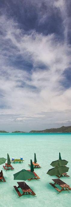 Lunchtime in Bora Bora.