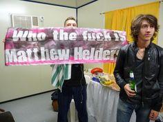 Matt Helders and Alex Turner Alex Turner, Arctic Monkeys, Monkey Puppet, Monkey 3, Matt Helders, Julian Casablancas, The Last Shadow Puppets, Band Memes, Favim